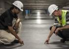 pracownicy-kaski-kamizelki-odblaskowe
